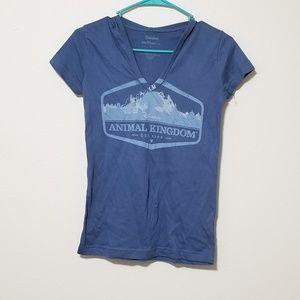 NWOT Disneyland Hooded Animal Kingdom T-Shirt Top